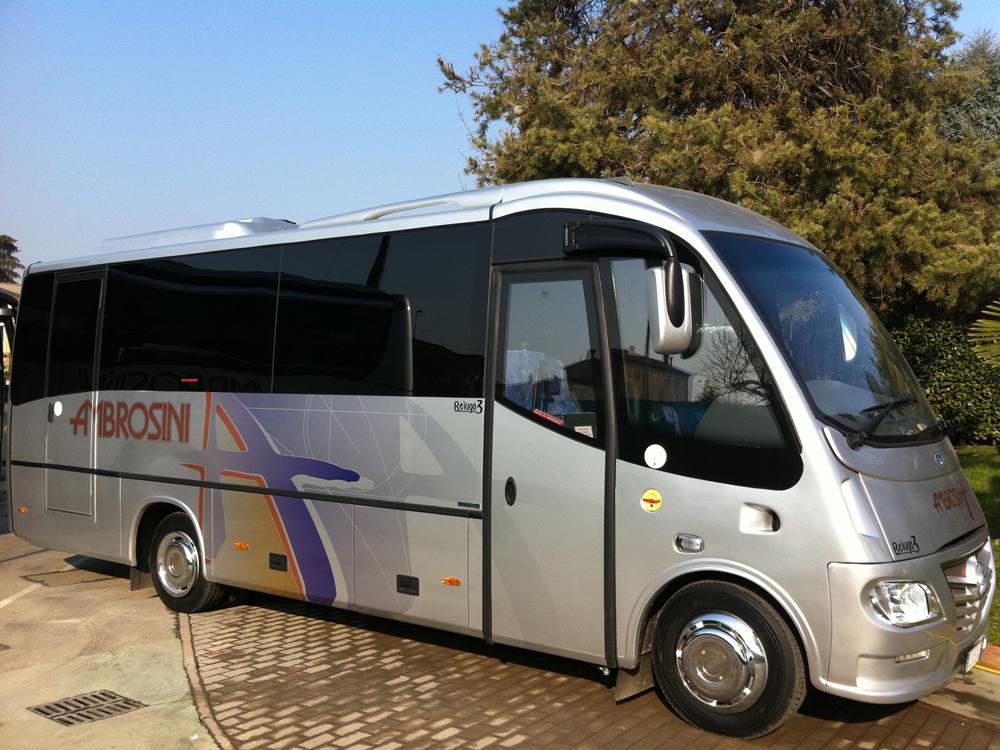 Mercedes Beluga bus turismo ville venete