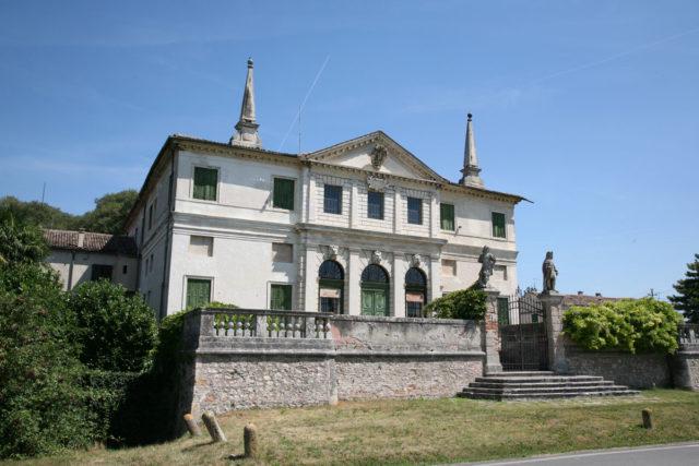 Villa_Repeta
